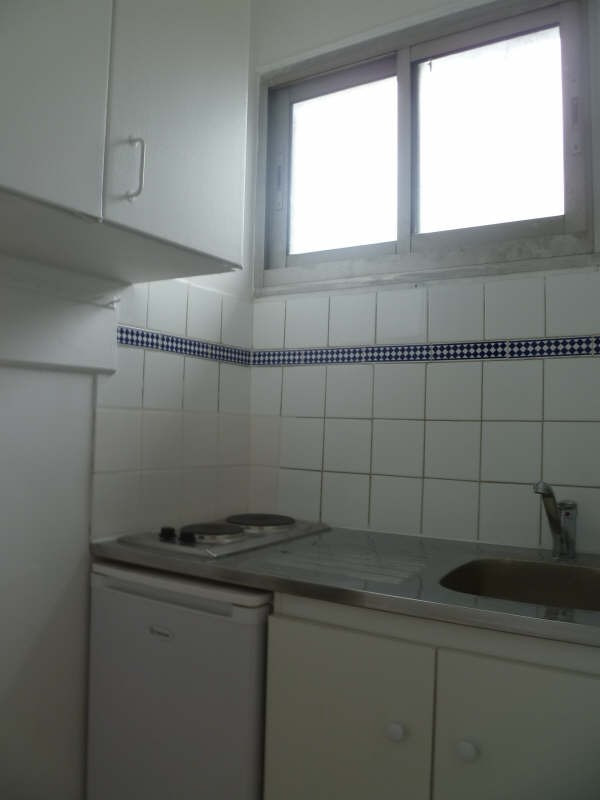 Location appartement Asnieres sur seine 550€ CC - Photo 2