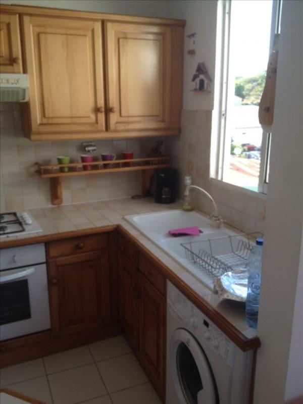 Rental apartment Ste anne 1150€ CC - Picture 6