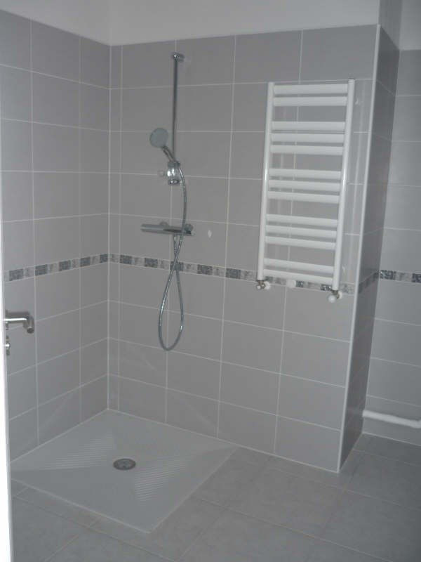 Rental apartment Manosque 1 150€ CC - Picture 7