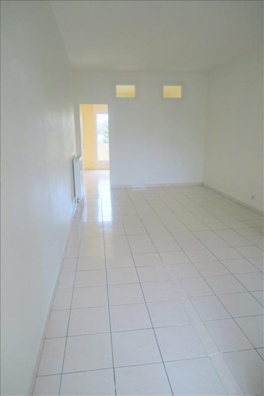 Location appartement Epinay sur orge 850€ CC - Photo 2