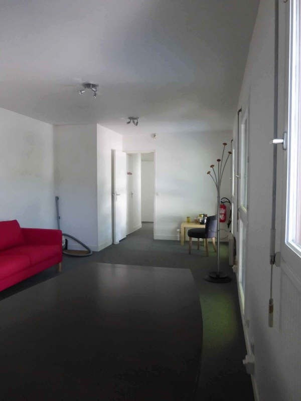 Rental office Marly le roi 810€ +CH/ HT - Picture 1