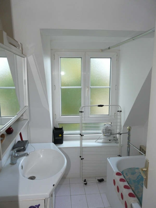 Rental apartment St omer 380€ CC - Picture 4