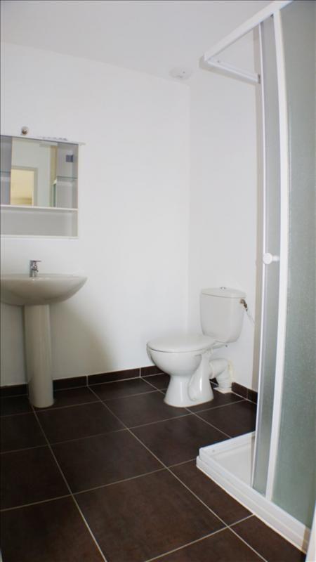 Alquiler  apartamento La crau 680€ CC - Fotografía 4