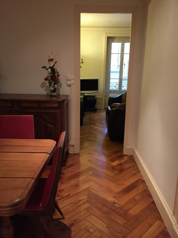 Sale apartment Lyon 6ème 329 000€ - Picture 3