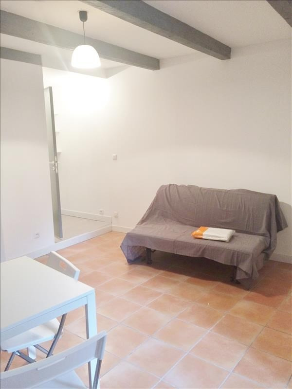 Location appartement Aubagne 495€ CC - Photo 3