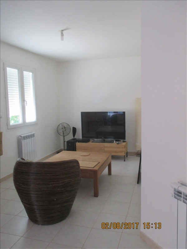 Rental apartment Labastide st pierre 520€ CC - Picture 2