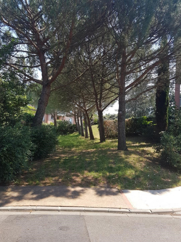 Sale apartment Toulouse 109 000€ - Picture 2