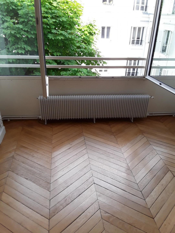 Rental apartment Paris 16ème 2 840€ CC - Picture 2