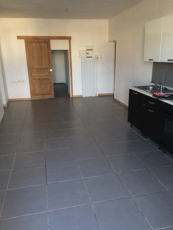 Rental apartment Guerigny 380€ CC - Picture 2