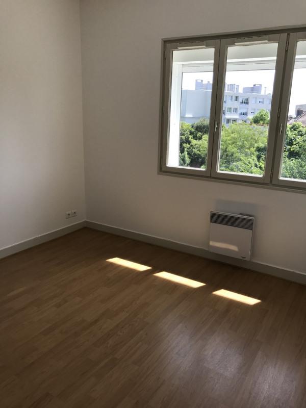 Rental apartment Garches 1720€ CC - Picture 6