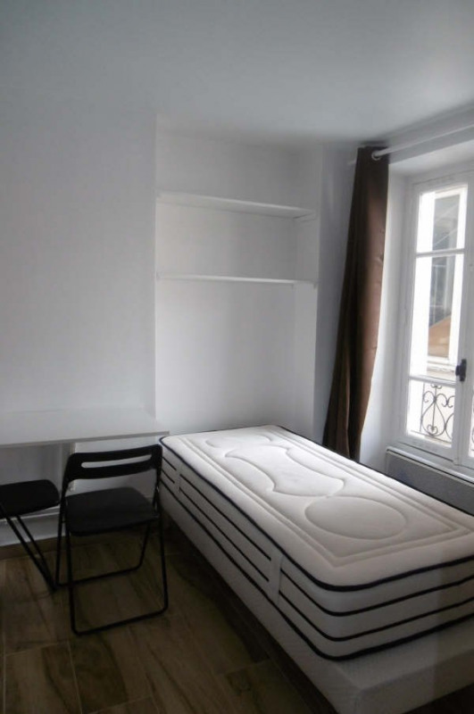 Rental apartment Paris 11ème 630€ CC - Picture 2