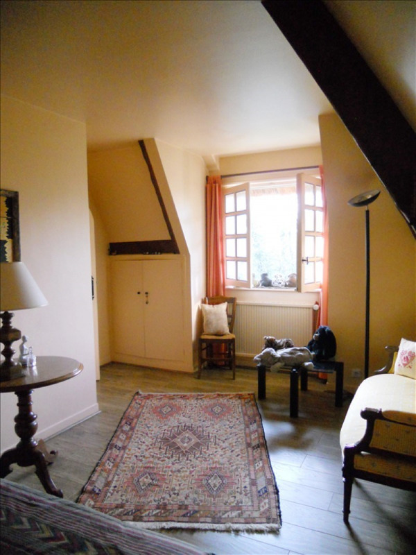 Sale house / villa Marly-le-roi 832000€ - Picture 8