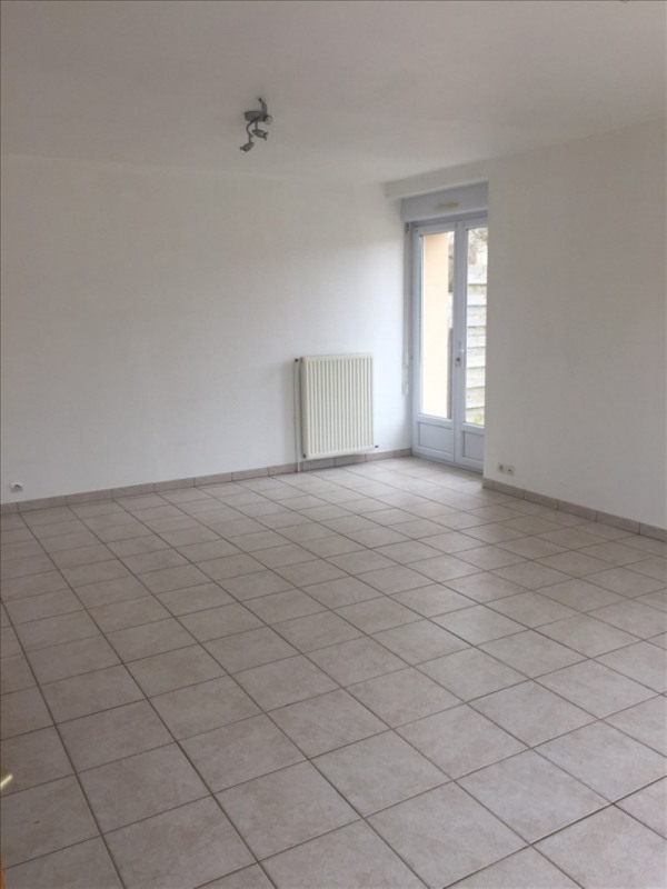 Location maison / villa Paray douaville 900€ +CH - Photo 2