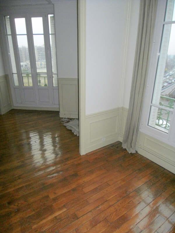 Rental apartment Courbevoie 1298€ CC - Picture 2