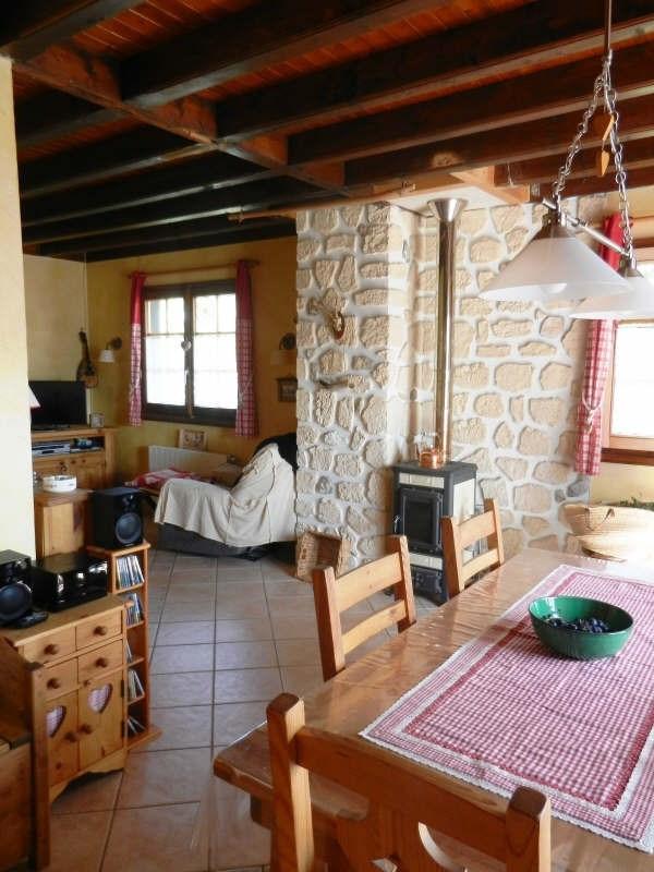 Sale house / villa Cranves sales 360000€ - Picture 6