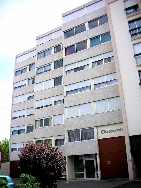 Location appartement Le puy en velay 406,75€ CC - Photo 3