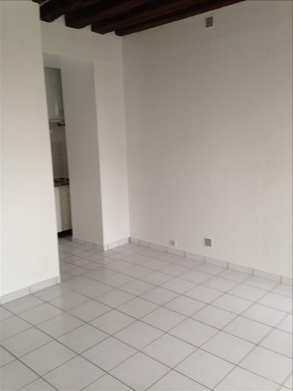 Rental apartment Jouy en josas 692€ CC - Picture 3
