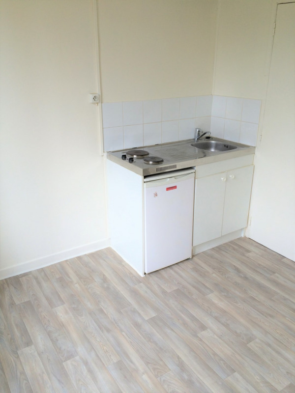 Rental apartment Épinay-sur-seine 385€ CC - Picture 3