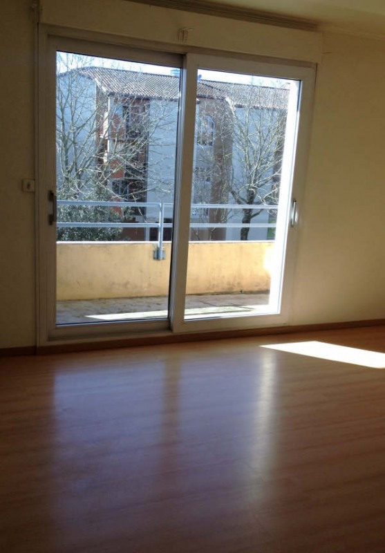 Rental apartment Toulouse 457€ CC - Picture 2
