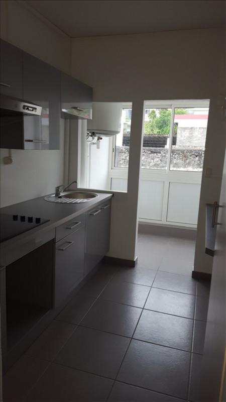 Rental apartment St denis 1050€cc - Picture 2