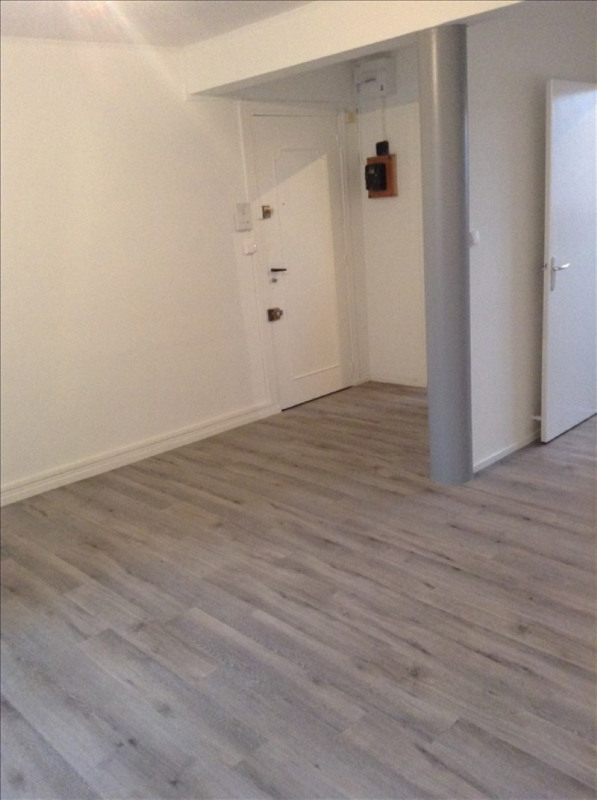 Location appartement St quentin 712€ CC - Photo 3