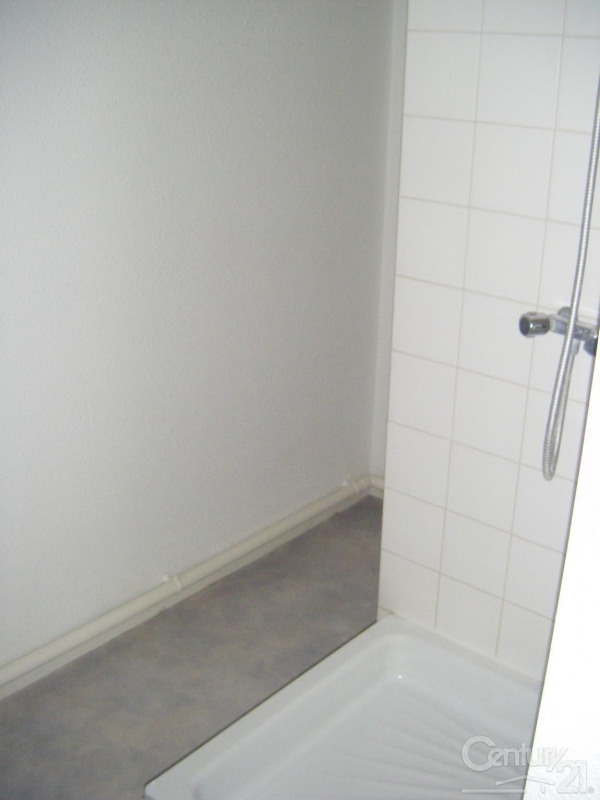 Location appartement Caen 385€ CC - Photo 6