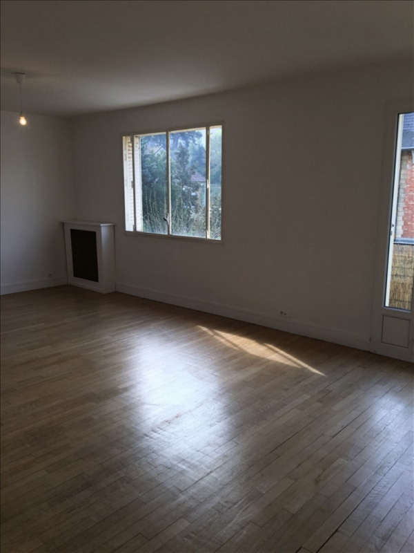 Location appartement Vaucresson 1 380€ CC - Photo 2