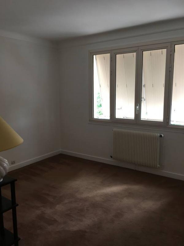 Sale house / villa St symphorien 283000€ - Picture 5