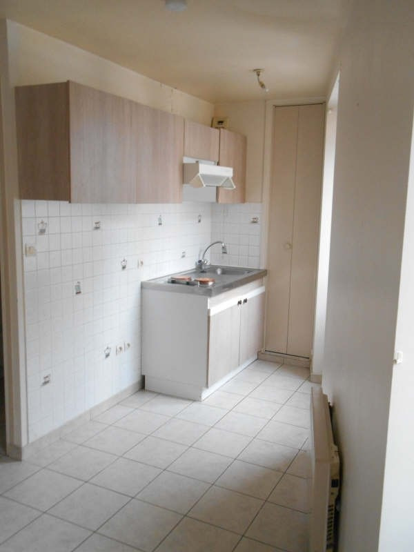 Location appartement Poissy 550€ CC - Photo 3