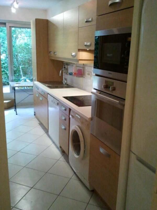 Location appartement Paris 16ème 2259€ CC - Photo 2