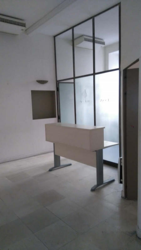 Verkoop  werkplaats Avignon intra muros 252000€ - Foto 7
