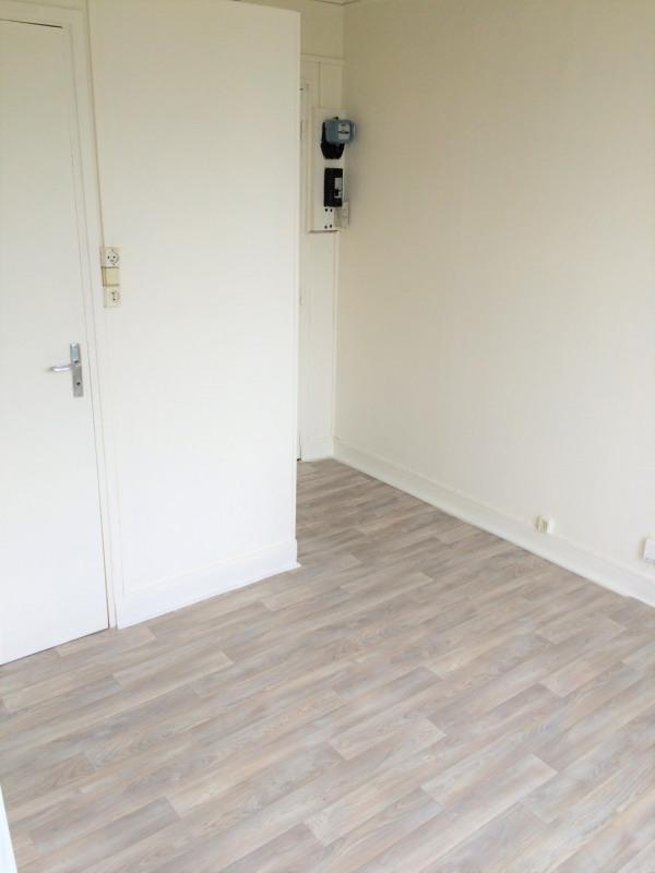 Rental apartment Épinay-sur-seine 385€ CC - Picture 4