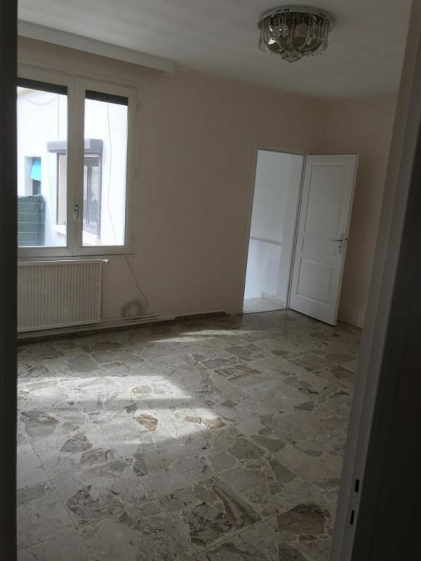 Location maison / villa Pierre benite 950€ CC - Photo 7