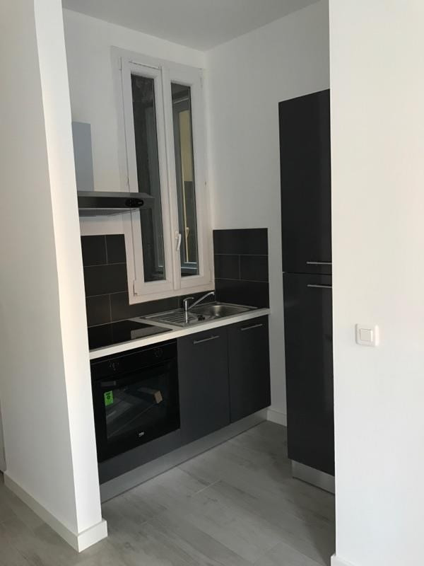 Rental apartment Marseille 6ème 670€ CC - Picture 4