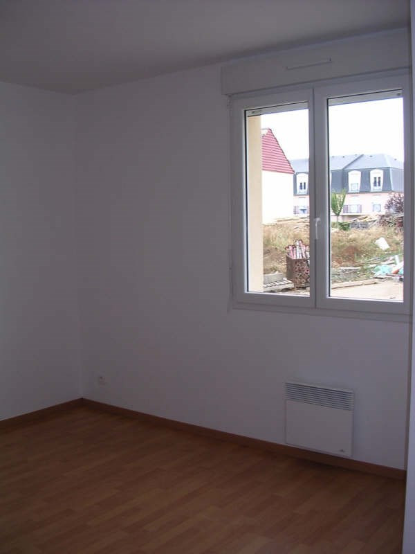 Rental apartment Auxerre 544€ CC - Picture 3