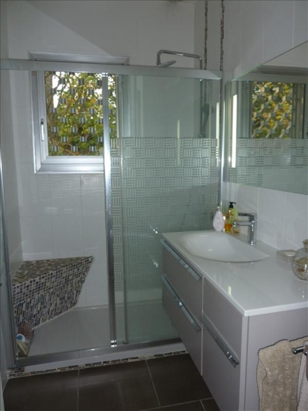 Vente de prestige maison / villa Charbonnieres les bains 645000€ - Photo 5