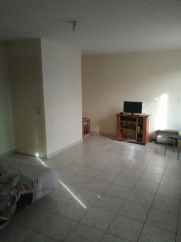 Rental apartment Aze 300€ CC - Picture 2