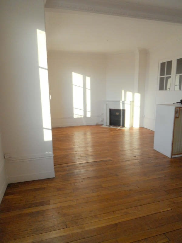 Rental apartment Asnieres sur seine 1 780€ CC - Picture 2