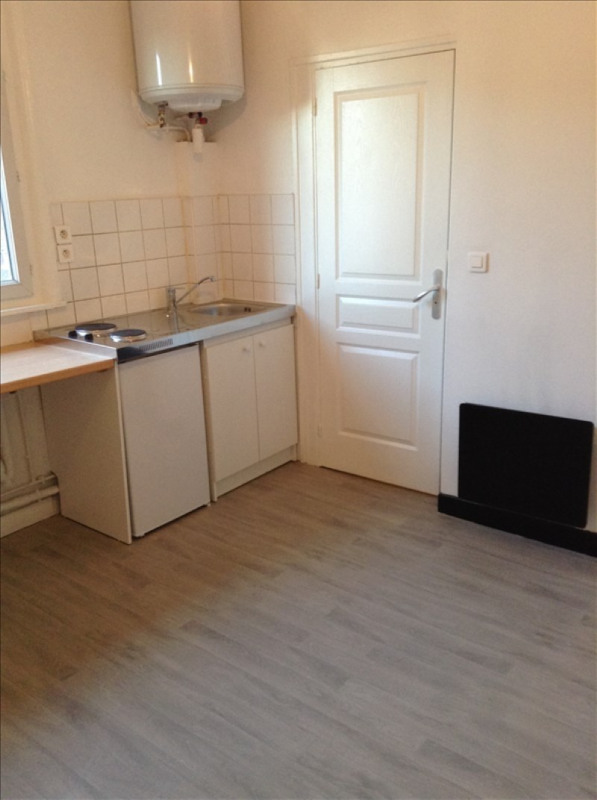 Location appartement St quentin 350€ CC - Photo 4