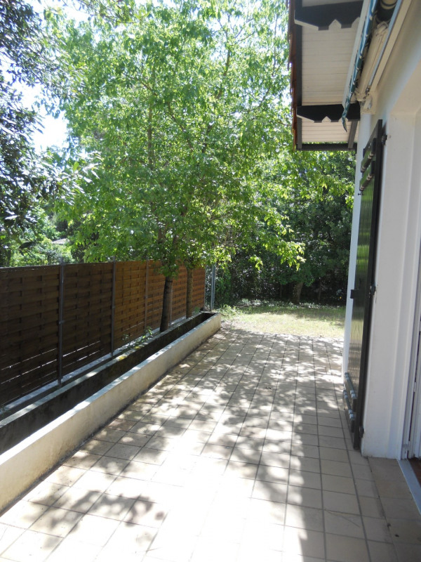 Vacation rental house / villa Saint georges de didonne 1 200€ - Picture 13