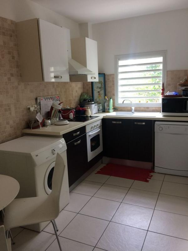 Sale apartment St denis 235400€ - Picture 3