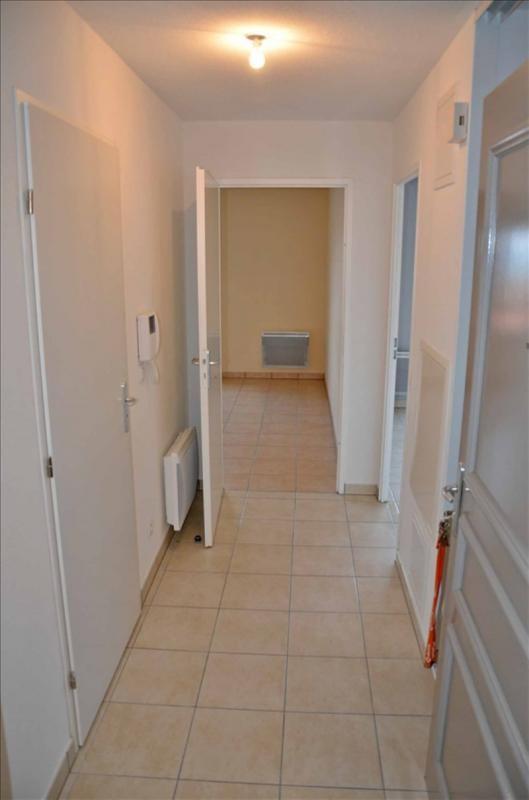 Rental apartment Collonges 783€ CC - Picture 9