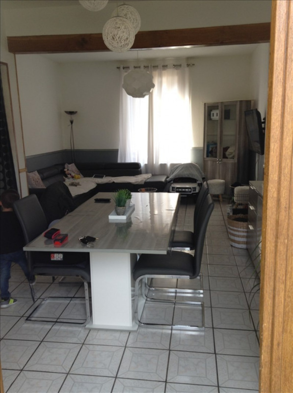 Rental house / villa St quentin 560€ CC - Picture 1