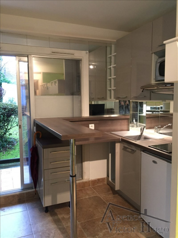 Location appartement Rueil malmaison 600€ CC - Photo 1