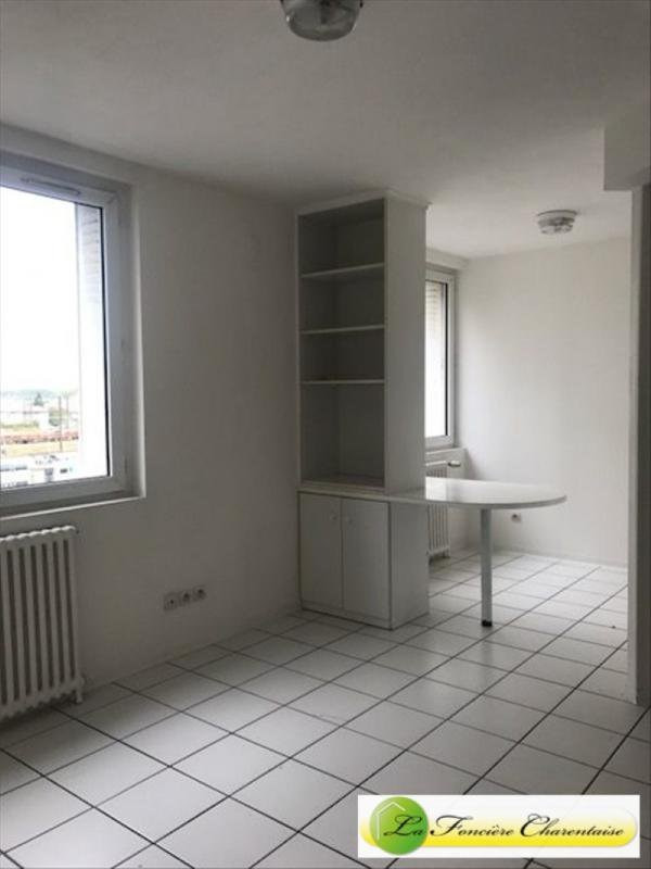 Rental apartment Angoulême 400€ CC - Picture 1