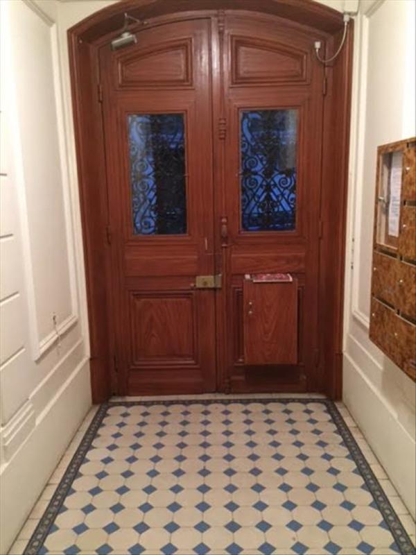 Verhuren  appartement Paris 15ème 950€ CC - Foto 2