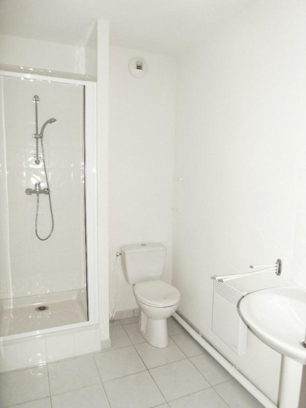 Rental apartment Cognac 261€ CC - Picture 3