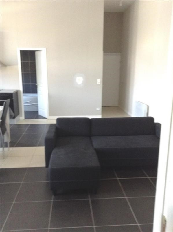 Location appartement St quentin 560€ CC - Photo 4