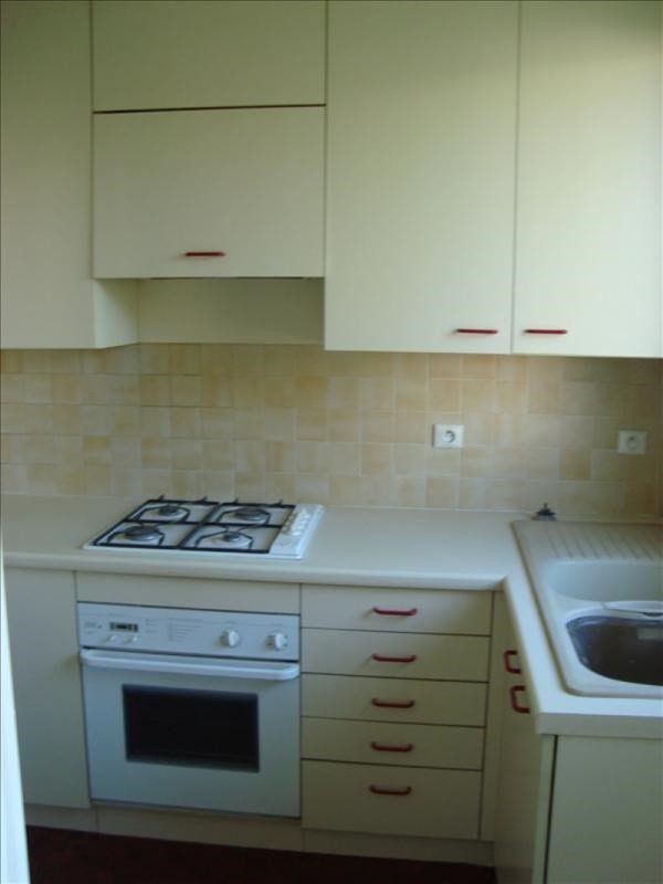 Rental apartment Marly le roi 995€ CC - Picture 1