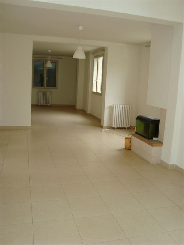 Location maison / villa Marly le roi 3 500€ +CH - Photo 4